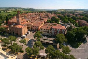 Castel San Pietro Terme centro commerciale naturale