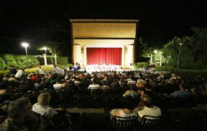 Arena comunale castel san pietro terme concerto serata aperto stagione estiva