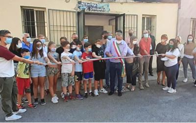 In tanti all'inaugurazione del Centro giovanile di Castel San Pietro Terme